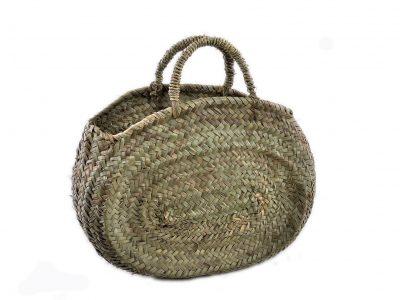 Borsa in paglia di palma nana di foggia ovale, adatta per il passeggio in città o in vacanza.