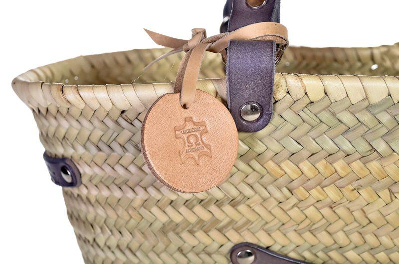 borsa di paglia con lavorazione in cuoio